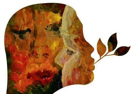 نمایشگاه نقاشی دختری که با دهان میکشد!