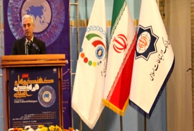 وزیر علوم: موفقیت حرکتهای فرهنگی با احترام به خردهفرهنگها میسر است