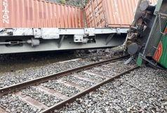 خروج و واژگونی قطار باری ایران - ترکیه از ریل +ببینید