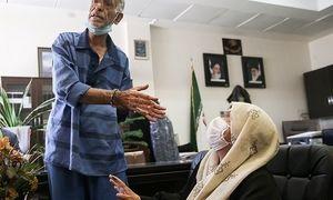 مادر بابک خرمدین باید فیالفور آزاد شود/ معتقدم دادگاه اختلال روانیِ پدر خرمدین را نپذیرفته است