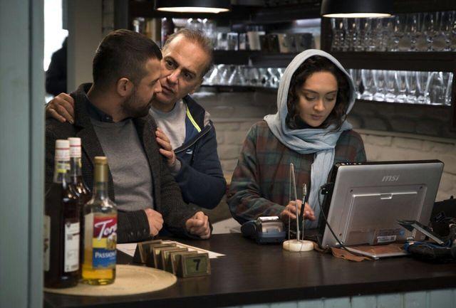 «آذر» از آرای مردمی جشنواره فیلم فجر ۳۵ خارج شد