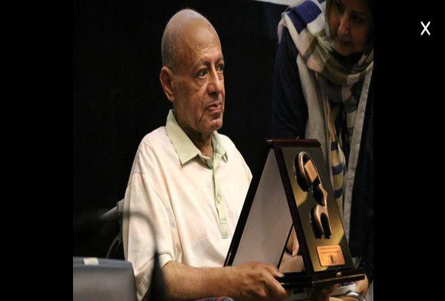 از حمید سهیلی برای پنج دهه تلاش در عرصه مستند سازی تقدیر شد