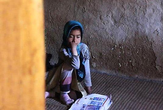 کاهش ثبتنام دانشآموزان مناطق محروم با گران شدن قیمت تحصیل/ دختران بیشتر در معرض ترک تحصیل اجباری