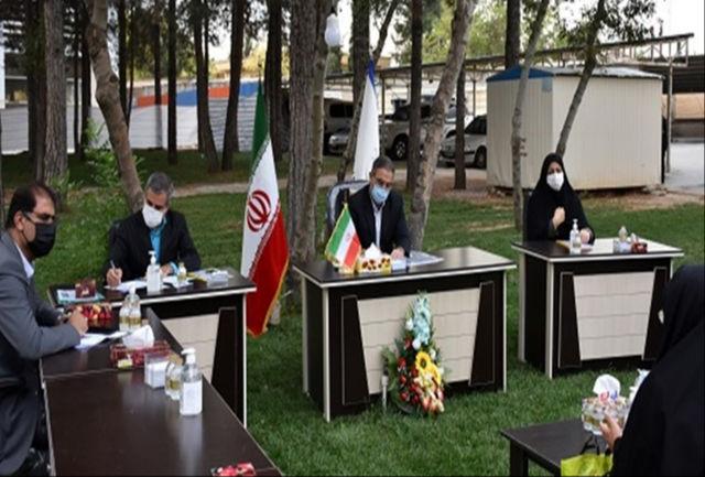 ملاقات عمومی با استاندار کهگیلویه وبویراحمد در فضایی باز