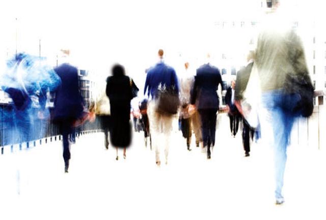 بررسی عوامل شخصیت نقشی شدن افراد جامعه