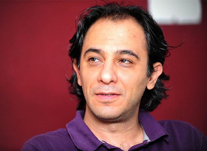 سهرابی: نوید محمدزاده هرچقدر بگیرد حقش است/ دستمزد بازیگر در تئاتر بستگی به ارتباط نزدیکش با تهیه کننده دارد!