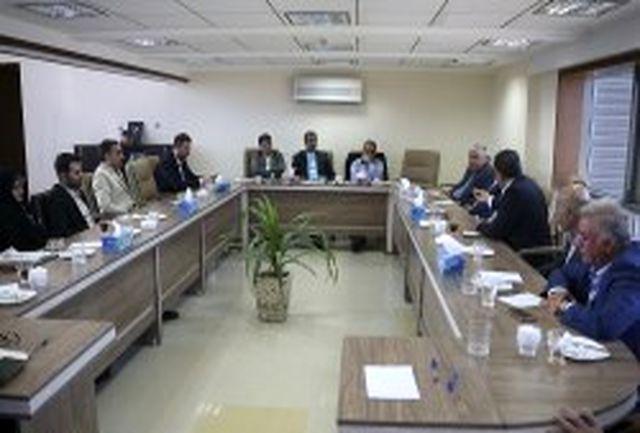دیدار نایب رییس مجلس و مدیرعامل جدید سازمان منطقه آزاد کیش با سرمایه گذاران