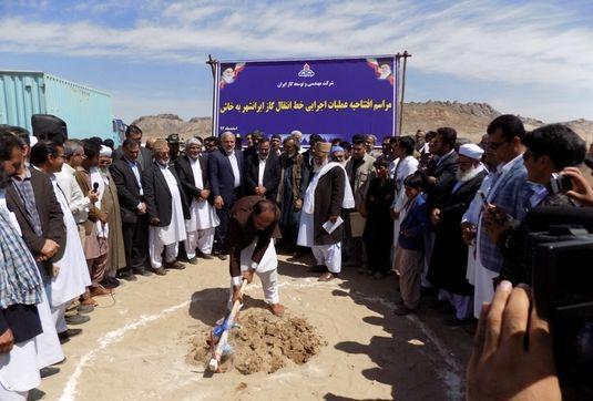 کلنگ زنی خط انتقال گاز از ایرانشهر به خاش