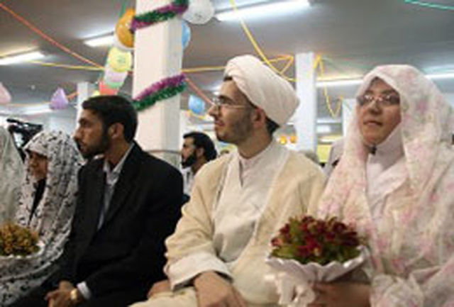 مراسم جشن ازدواج طلبه های خواهر شهر اصفهان برگزار شد