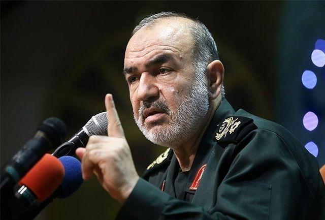 سردار سلامی: ملت ایران فضا را برای تنفس آمریکا تنگ کرده است/ هر روز سرزمینی را از دست استکبار آزاد میکنیم