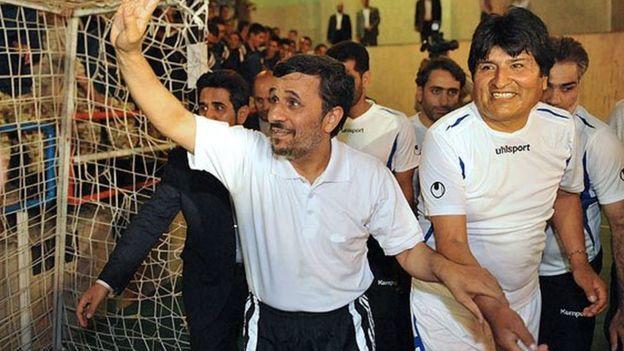 همبازی احمدی نژاد به مکزیک پناهنده شد