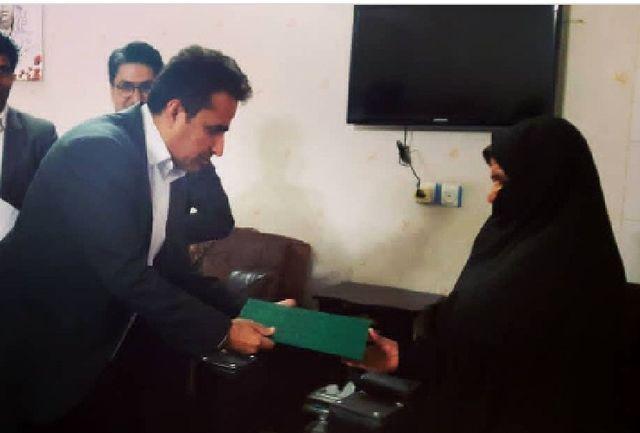 دیدار مدیرکل ورزش و جوانان سیستان و بلوچستان با خانواده شهید حبیب الله خوشایند