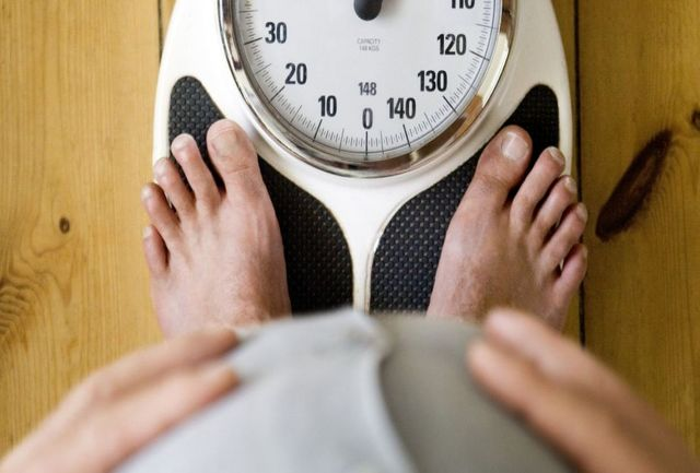 اشتباهات خواب شبانه که باعث افزایش وزن می شود