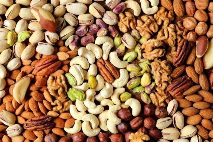 ۶مغز دانه برای کاهش وزن