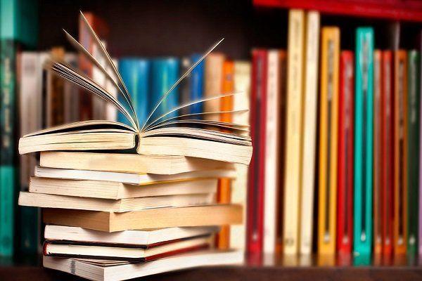 جایگاه کتاب در عرصه فرهنگ/ طرفداران قلیان کتاب می خوانند؟!