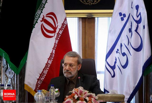 تجلیل از خانواده شهدای نیروی انتظامی با حضور رئیس مجلس