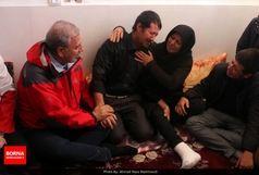 سخنگوی دولت سنگ صبور زلزله زدگان شد+ عکس