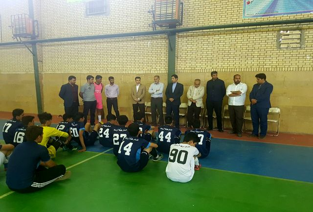 یک تیم قدرتمند از استان کرمان در لیگ برتر فوتسال کشور خواهیم داشت/به صعود نوجوانان اناری به دور بعد رقابتهای فوتبال خوشبین هستم