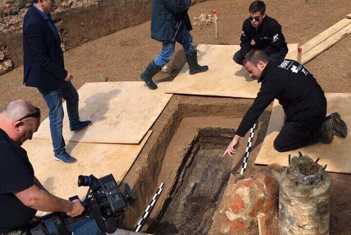 روسیه بقایای جسد دوست ناپلئون را به فرانسه تحویل داد