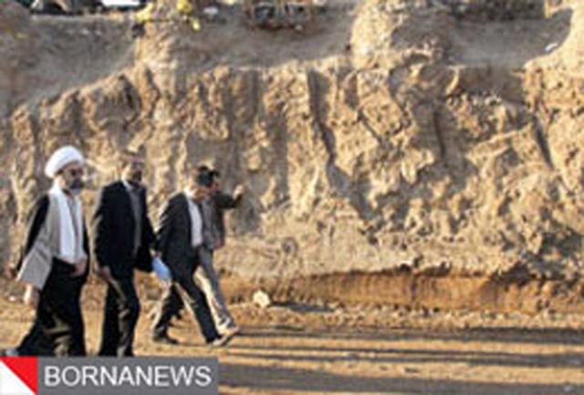 بازدید استاندار قم از روند اجرایی پروژه احداث تقاطع غیر هم سطح میدان72 تن