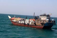 توقیف 3 فروند شناور با بیش از 3 میلیارد ریال کالای قاچاق