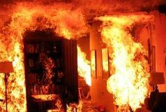 مجتمع تجاری غرب تهران در آتش سوخت
