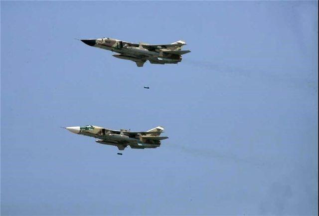 اجرای عملیات بارریزی و بمباران هوایی توسط هواپیماهای C۱۳۰ نیروی هوایی