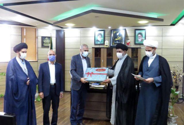 رییس ستاد اقامه نماز یزد از مدیرکل زندان های استان یزد تجلیل کرد
