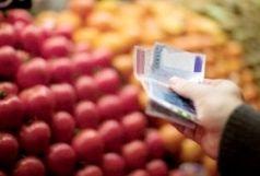 مسئولان به صورت جدی با گرانفروشی برخورد کنند