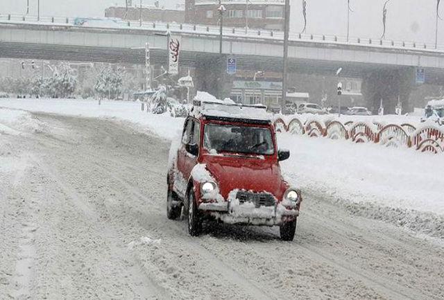 بارش برف و ادامه سرما در زنجان