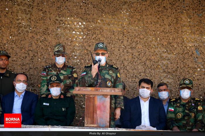 لباس ارتشی لباس مبارزه و جهاد و شهادت است
