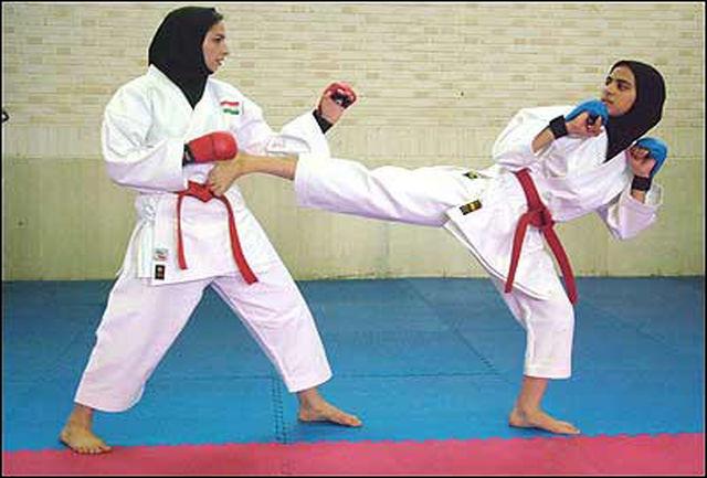 تیم بانوان مروارید کردستان در سوپر لیگ کاراته کشور شرکت کرد