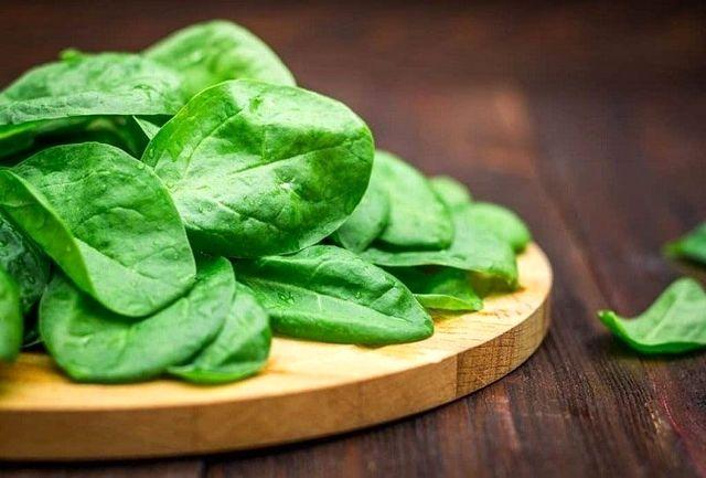 این سبزی را خام نوش جان کنید تا سرطان نگیرید!