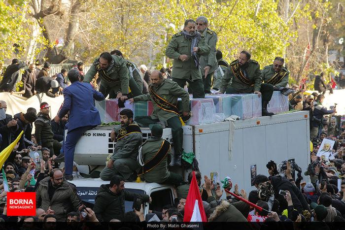 پاسخ قاطع سپاه به عملیات «آذرخش کبود»!/ پایگاههای نظامی آمریکایی در تیررس موشکهای خوشهای ایران