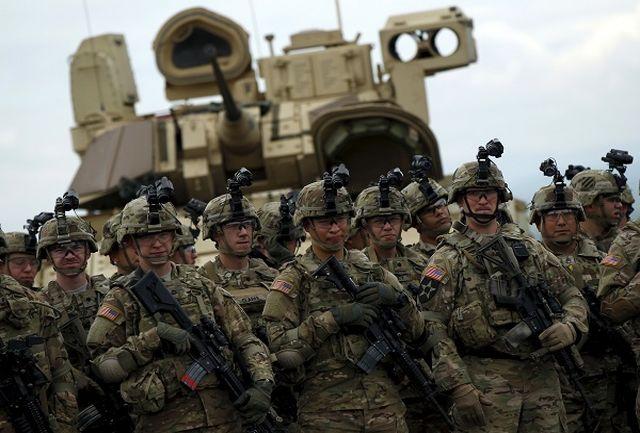 سربازها حق استفاده از گوشی تلفن همراه  هوشمند را ندارند