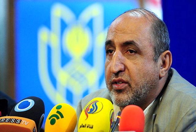 دیدار فرماندار تهران با خانواده فردی که مقابل شهرداری تهران  خودسوزی کرده بود