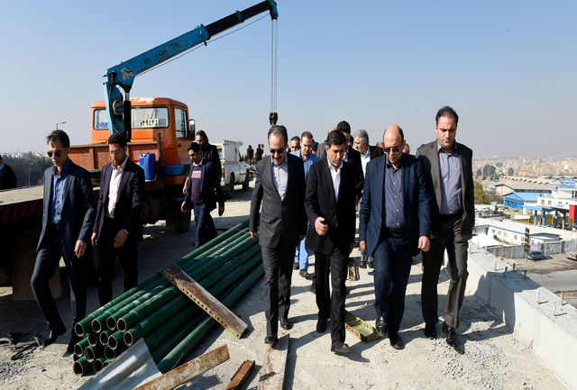 تقاطع غیر همسطح شهدای حصارک بار سنگین ترافیک ملی در البرز را کاهش می دهد