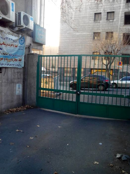 دانشگاه تهران نمیتواند معابر عمومی را تصرف کند/ تصرف معابر از سوی دانشگاه تهران مغایر مفاد مصوبه شورای عالی معماری و شهرسازی است