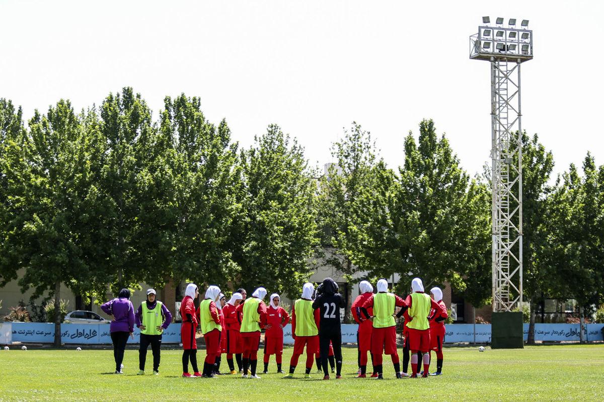 بازگشت اعضای تیم ملی فوتبال نوجوانان بانوان به تهران
