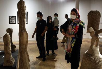 نمایشگاه آثار هنرمندان افغانستانی