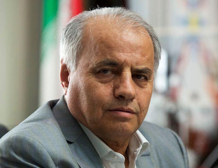 وزیر ورزش از بهترین وزرای کابینه است/ با استیضاح دکتر سلطانی فر تشنج ایجاد نکنیم