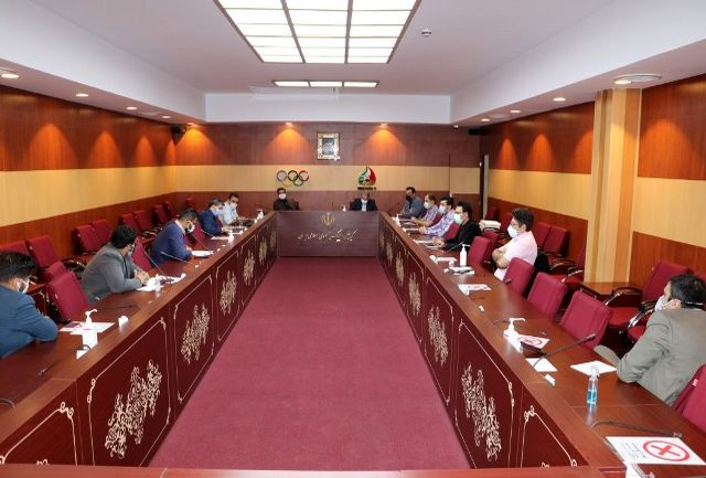 نخستین نشست صالحی امیری با کمیسیون روابط عمومی فدراسیونها برگزار شد