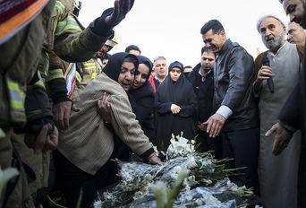مراسم تشییع پیکر آتشنشان شهید «سید احسان جامعی»