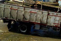 کشف چوب قاچاق در رودسر