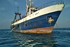 توقیف ۲ فروند کشتی متخلف و کشف هزار و ۵۰۰ کیلوگرم انواع آبزیان