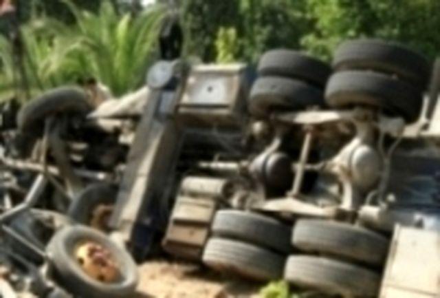 جرثقیل 50 تنی در پردیس ارم دانشگاه شیراز سقوط کرد
