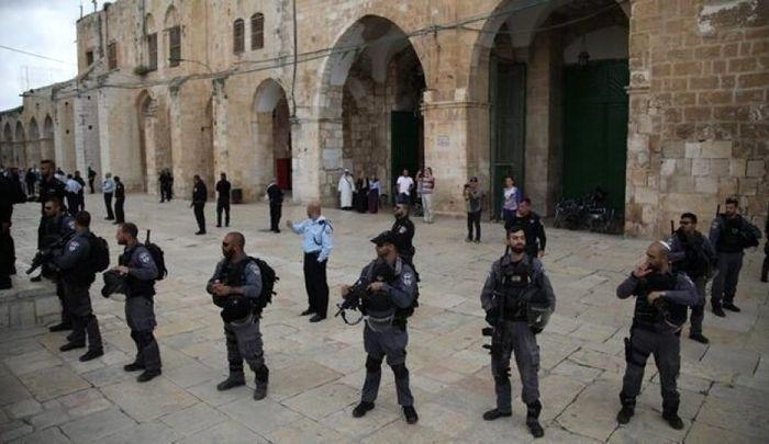 تعرض صدها شهرکنشین به مسجد الاقصی در روز عرفه