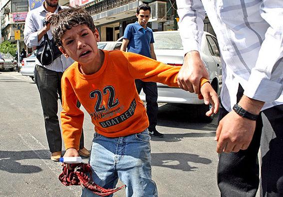 دستگیری کودکان کار تحت عنوان جمع آوری/ اعلام شود نتیجه اجرای طرحهای میلیاردی جمعآوری چیست/ نیازمند نهاد ملی حمایت از کودکان هستیم