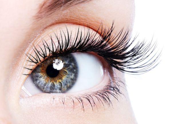 دلایل اصلی ریزش مژههای چشم