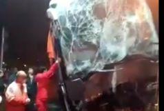 برخورد اتوبوس با ایستگاه عوارضی قزوین 14 مجروح برجای گذاشت